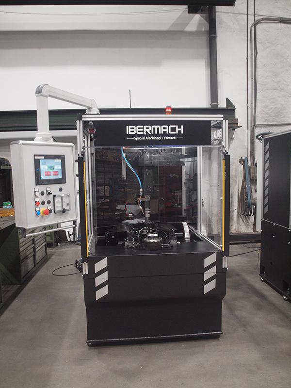 Ibermach conçoit et fabrique des centres de perçage et taraudage totalement personnalisable selon les besoins de votre projet industriel