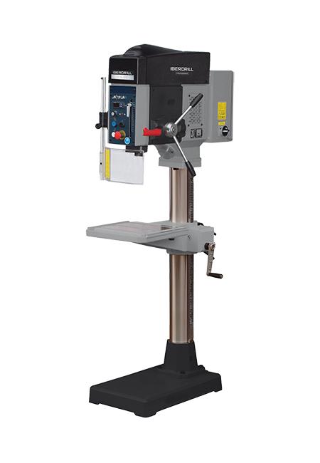 Taladro y roscadora de columna redonda con avance automático y transmisión por correas Iberdrill Professional IZA 35 fabricado por el Grupo Erlo