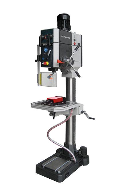 Taladro roscador con avance automático mecánico y transmisión por engranes Serie AX fabricado por Iberdrill con 32 mm de capacidad de taladrado