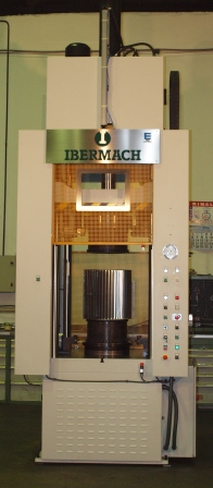 Ibermach Erlo group sends a special Lizuan press to Mexico